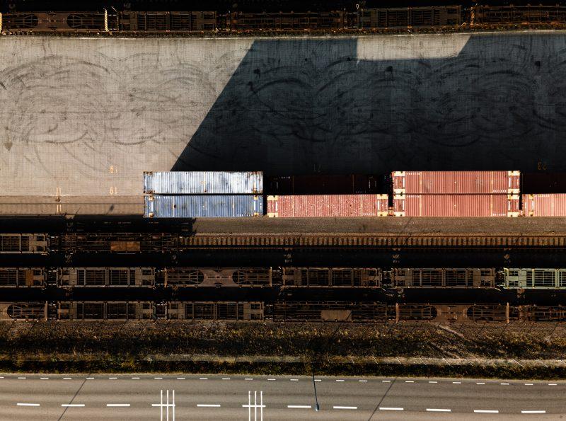 Drönarbild över industriområde